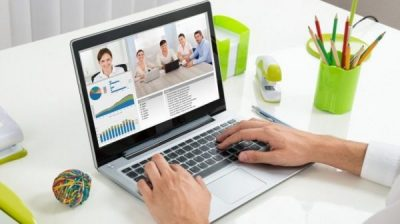 Online training course using video calling approach